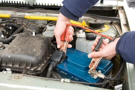 autó akkumulátor töltése