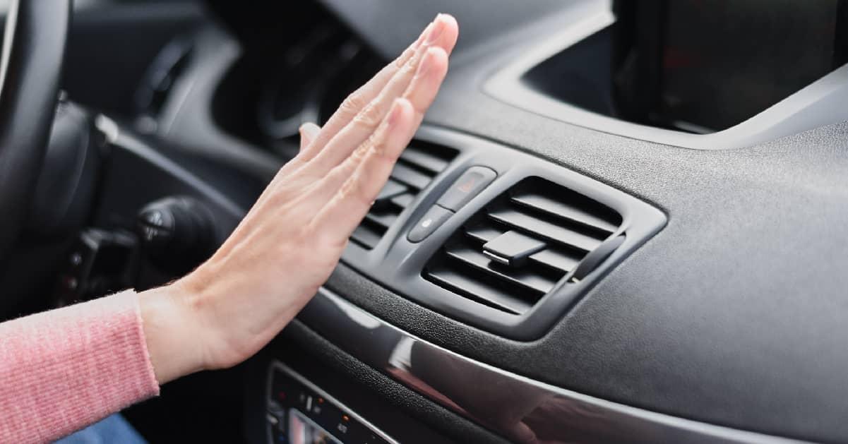 nem hűt a klíma az autóban
